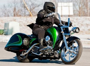 La moto híbrida de Orange County Choppers y Schneider Electric, en movimiento